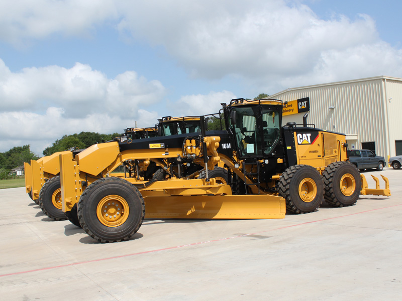 Motor Graders For Pipeline Construction