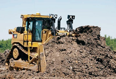 D9T Dozer Track-type tractor and equipment for pipeline construction