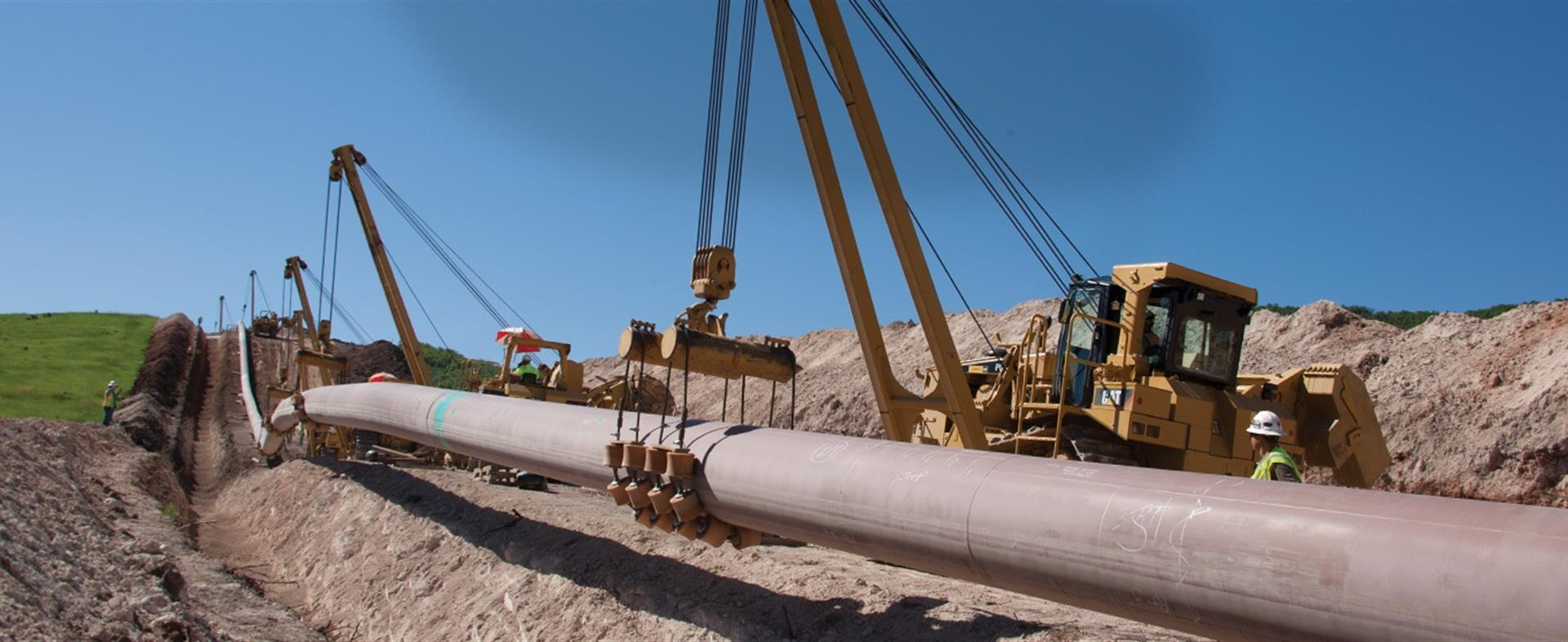 Sideboom And Sidebooms For Pipeline Construction By Plm
