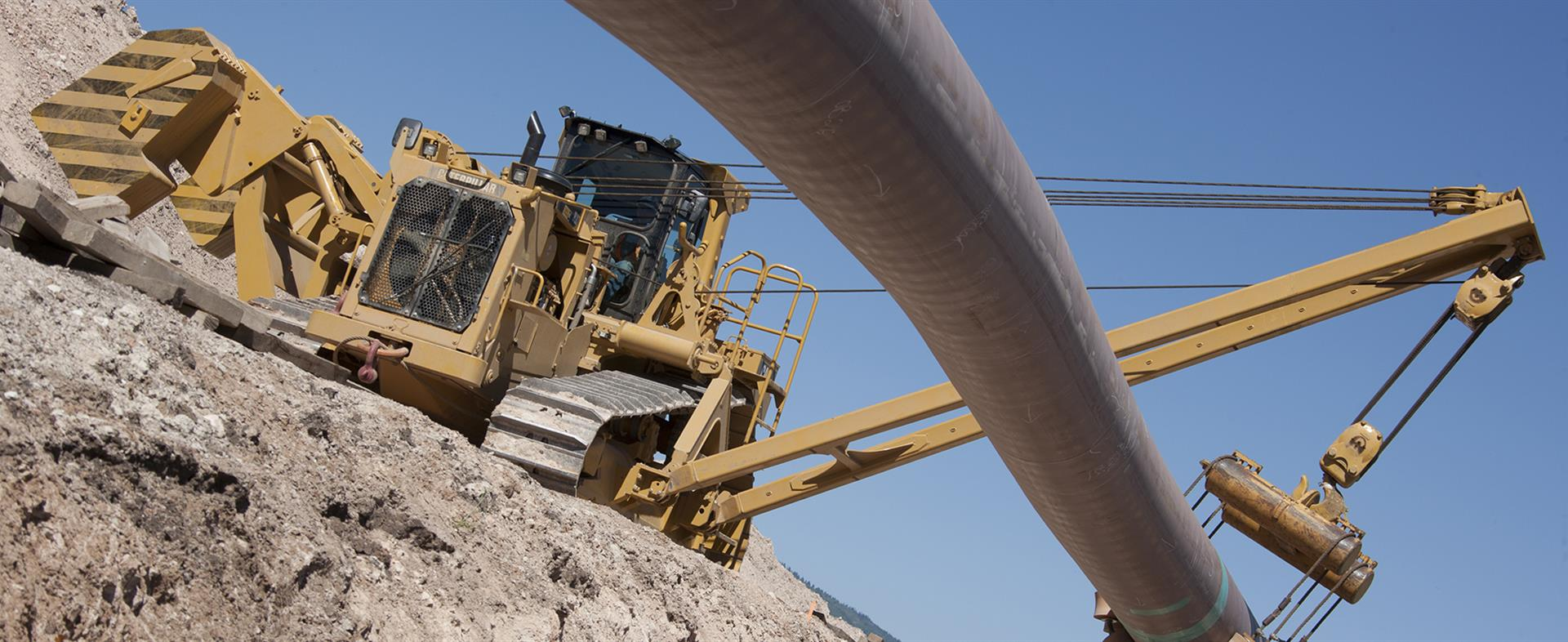PL83 pipelayer sideboom pipeline construction equipment